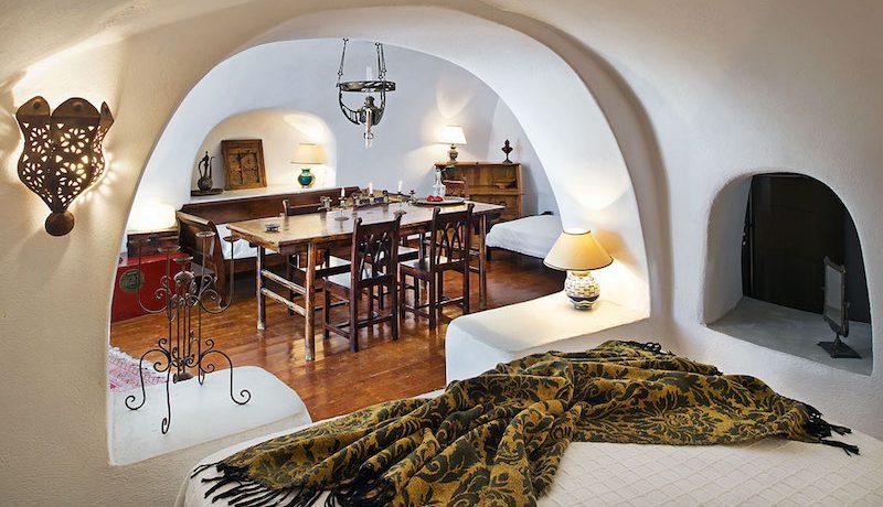 House Finikia Santorini for sale 4