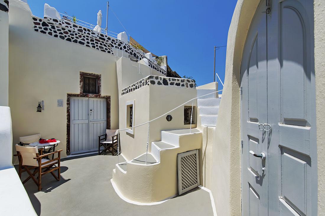 House at Finikia of Oia, Santorini with sea view