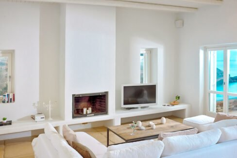 Luxury Seafront Villa , Ios Cyclades. Cyclades Luxury Villas for Sale 17