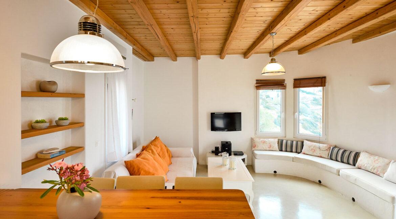 Luxury Seafront Villa , Ios Cyclades. Cyclades Luxury Villas for Sale 18