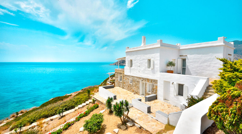 Luxury Seafront Villa , Ios Cyclades. Cyclades Luxury Villas for Sale 23