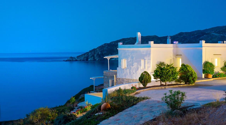 Luxury Seafront Villa , Ios Cyclades. Cyclades Luxury Villas for Sale 24