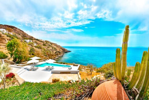 Luxury Seafront Villa , Ios Cyclades. Cyclades Luxury Villas for Sale 25