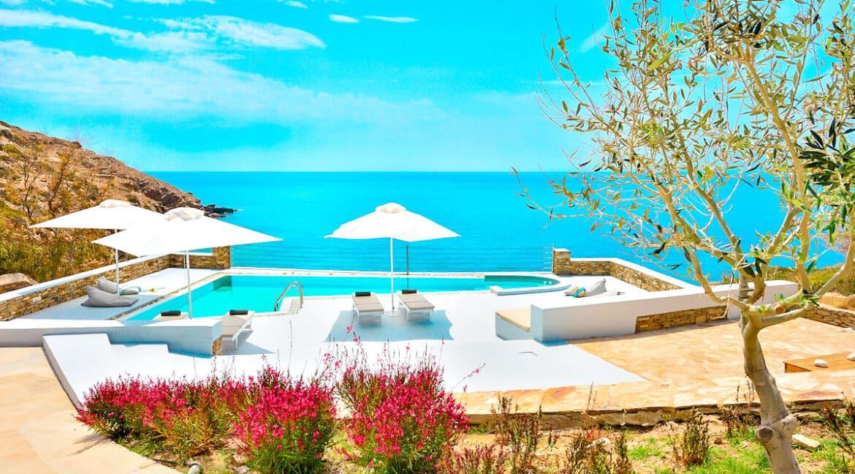 Luxury Seafront Villa , Ios Cyclades. Cyclades Luxury Villas for Sale 27