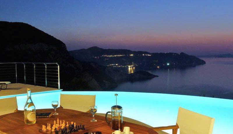 Waterfront villa Corfu 10
