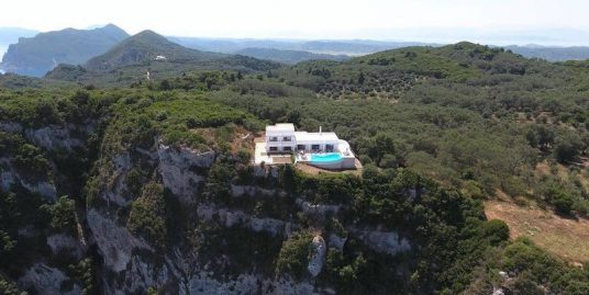 Superb Waterfront Villa at Corfu with amazing Sea View
