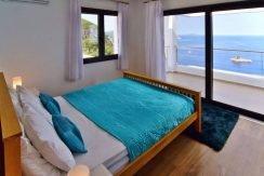 Waterfront villa Corfu 7