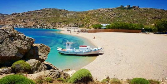 Land of 39.000 sq.m at Agrari Beach in Mykonos, For Villas or Hotel