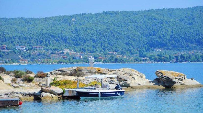 Amazing Seafront Villa Near Vourvourou Sithonia Halkidiki 0