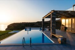 Amazing Seafront Villa at Crete 26