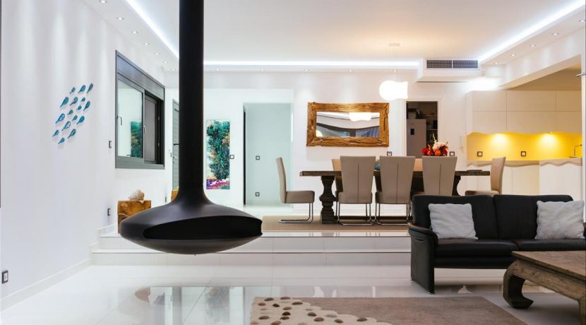 Amazing Seafront Villa at Crete 32