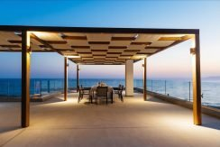 Amazing Seafront Villa at Crete 34