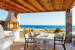 Amazing Seafront Villa at Crete 45