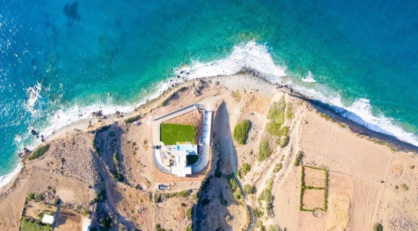 Amazing Seafront Villa at Crete 52