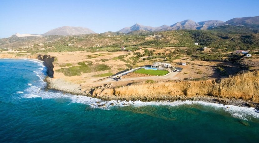 Amazing Seafront Villa at Crete 53