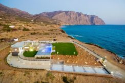 Amazing Seafront Villa at Crete 55