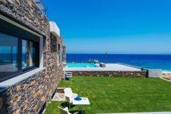 Amazing Seafront Villa at Crete 62
