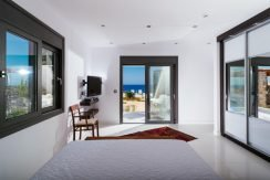 Amazing Seafront Villa at Crete 67
