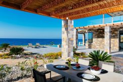 Amazing Seafront Villa at Crete 73