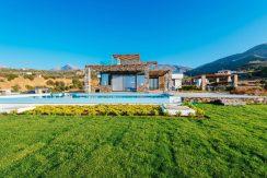 Amazing Seafront Villa at Crete 75