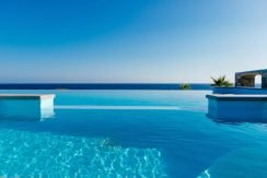 Amazing Seafront Villa at Crete 77