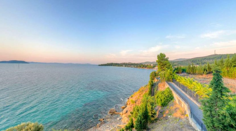 Big Seafront Villa for Sale Halkidiki Sithonia 6