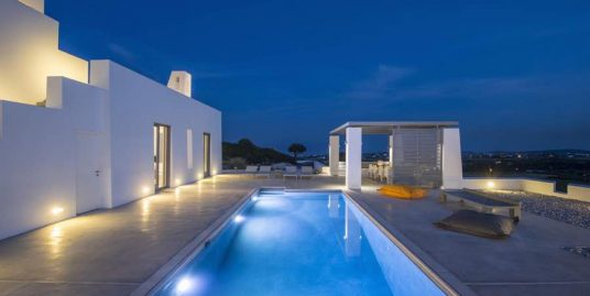 Villa in Paros Island for Sale