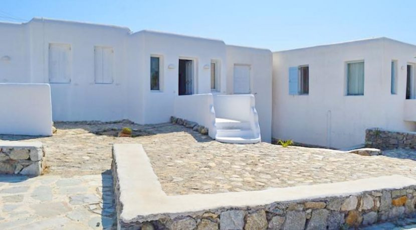 Property at Super Paradise Beach Mykonos 27
