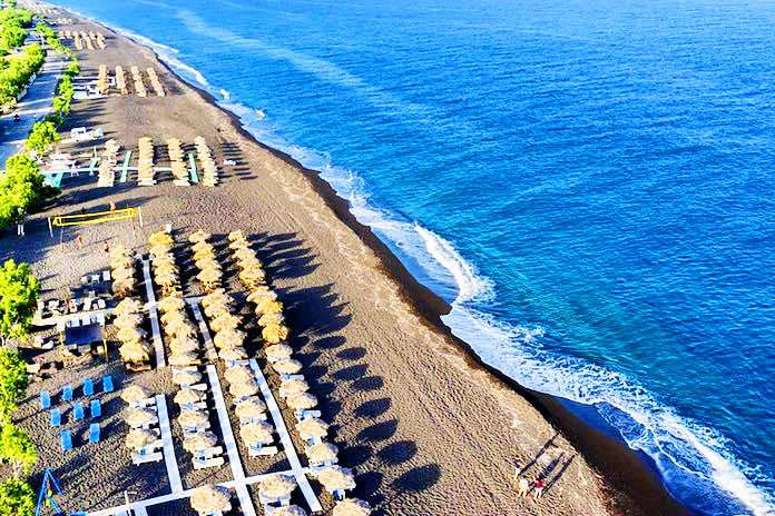 The Best Beach Bar Restaurant in Santorini EXCLUSIVE
