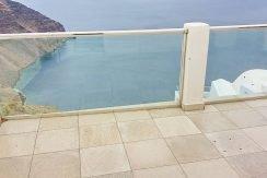 Santorini Caldera Cave House 2