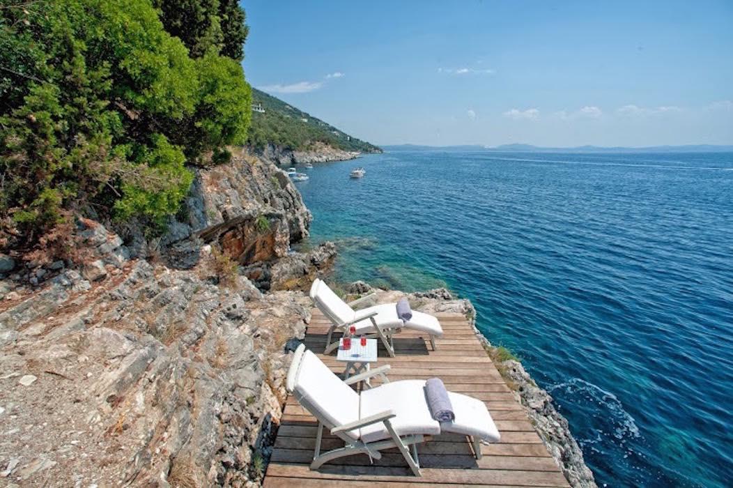 Seafront Villa  450 m² in Corfu, Near Nisaki