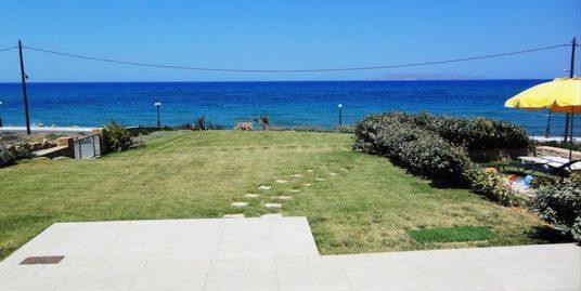 Seafront villa at Crete ,Heraklio