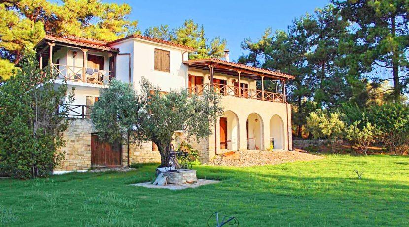 Seafront Villa Nikiti Halkidiki 4