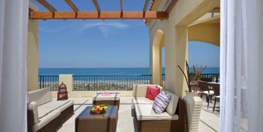 Luxury Villa in a complex near Chania, near The Sea