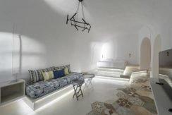 Super Villa of 3 Luxury Suites at Oia Santorini 1
