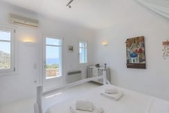 Villa in Mykonos For Sale 0_resize