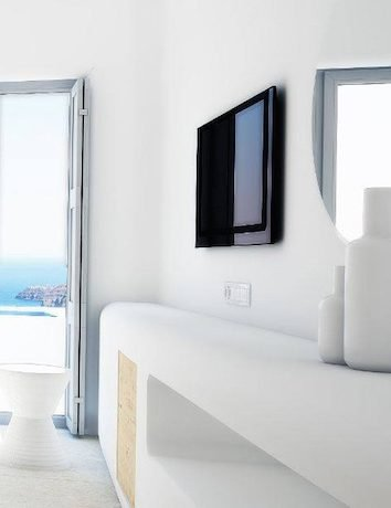 Buy Hotel in Santorini8