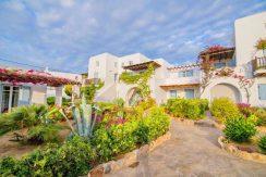 Beautiful House in Mykonos For Sale 15
