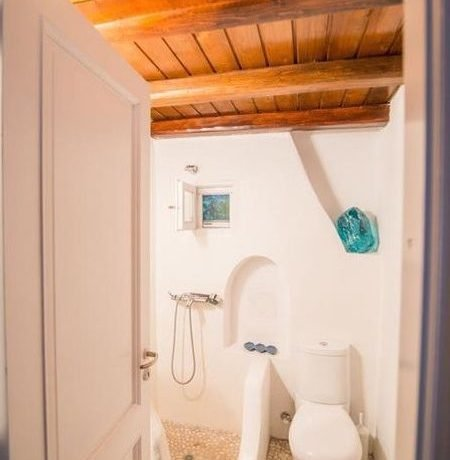 Beautiful House in Mykonos For Sale 5