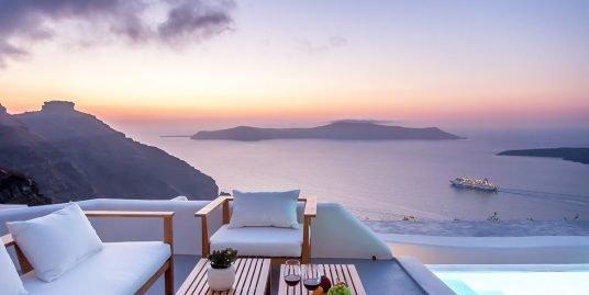 Santorini Luxury Villa at Caldera