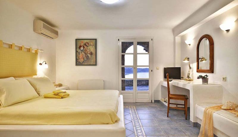 Villa Mykonos Elia Beach 9