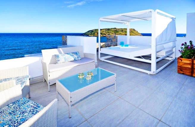 Waterfront Villa Crete 0