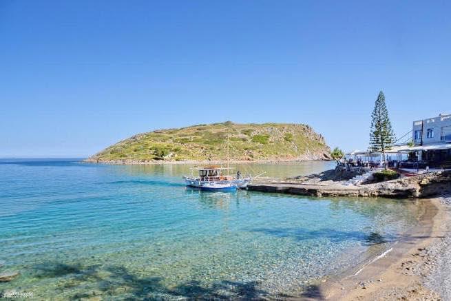 Waterfront Villa Crete 11