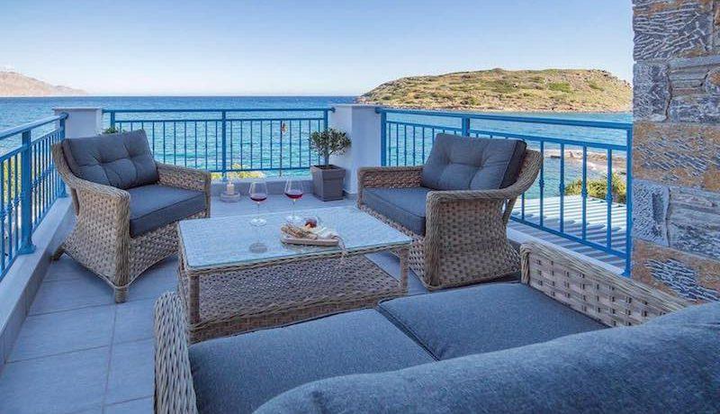 Waterfront Villa Crete 17