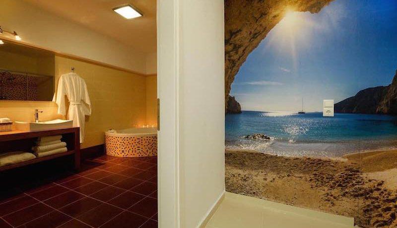 Waterfront Villa Crete 24
