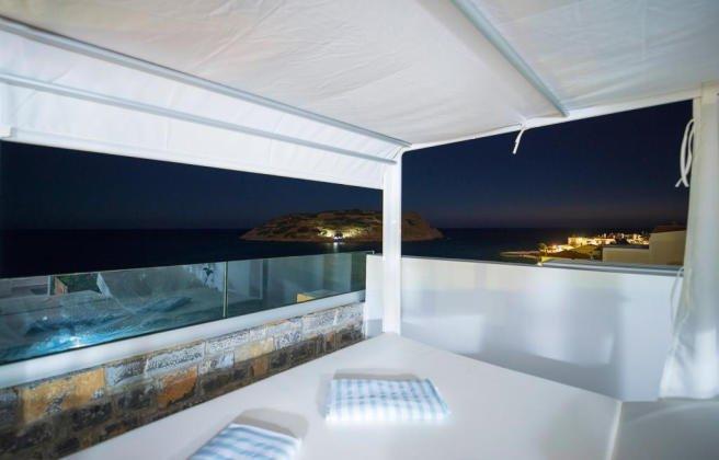 Waterfront Villa Crete 9