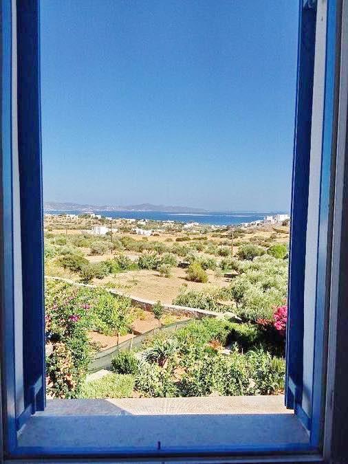Economy House with Sea View at Paros Island