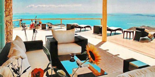 Lux Villa in Mykonos with 7 Bedrooms, Fanari area