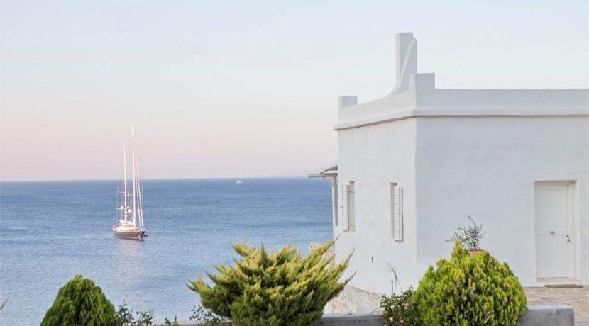 Seafront Villa ios 11