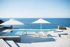 Seafront Villa ios 6